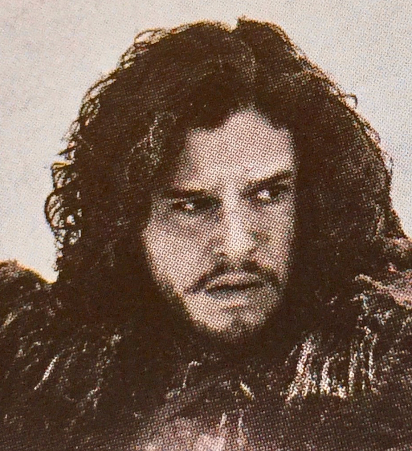 Do We Really Know Nothing about Jon Snow? – Is One of the Protagonists in Game of Thrones Partly Inspired by Perceval in the Holy Grail Legends?